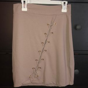 Charolette Russe mauve mini body con skirt